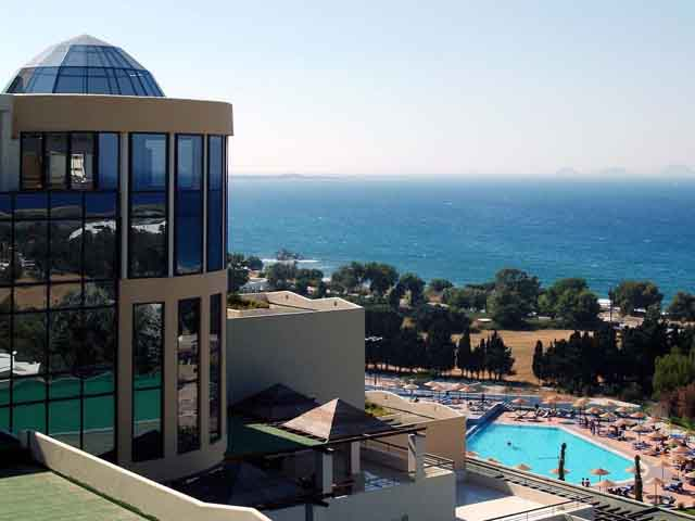 Special Offer for Kipriotis Panorama Hotel & Suites - Special Offer 7=5 Free Night !! 26.04.19 - 10.05.19 !!!
