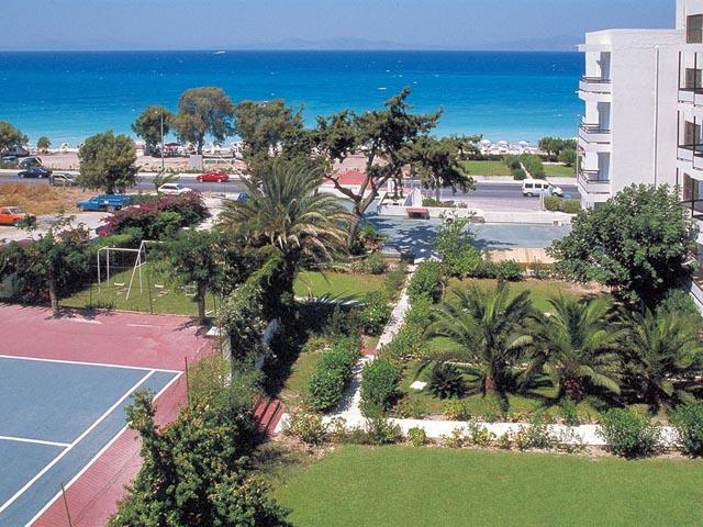 Belair Beach Hotel: