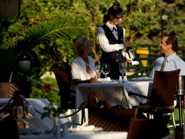Atlantica Princess Hotel: Outdoor Restaurant
