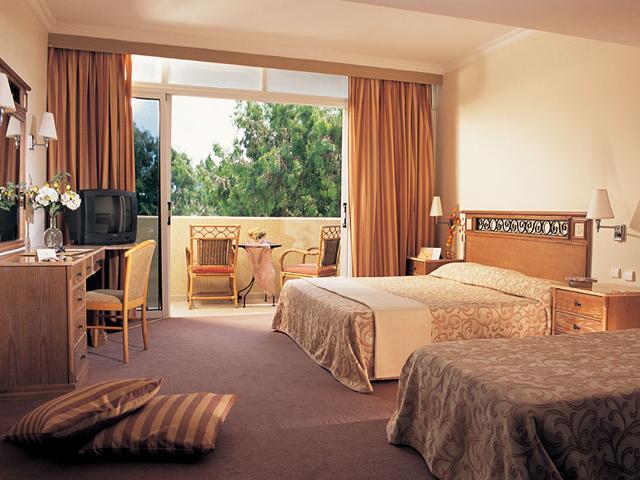 Atlantica Princess Hotel: Family Room
