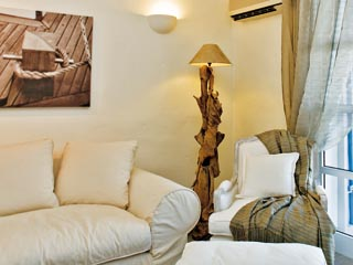 SunPrime Miramare Beach: Sitting room of waterfront villa