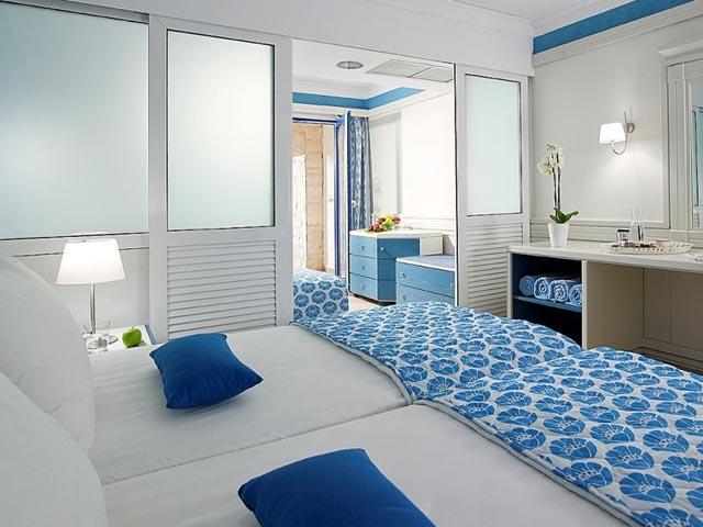 Amilia Mare Beach resort:
