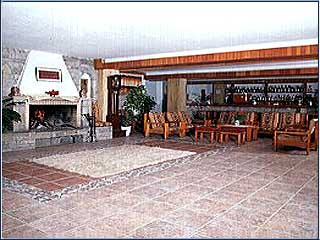 King Iniohos Hotel - Image1