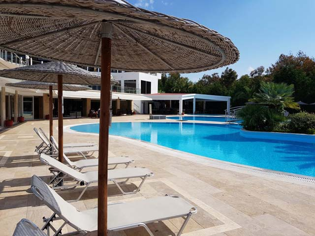 Alexandros Palace Hotel and Suites: