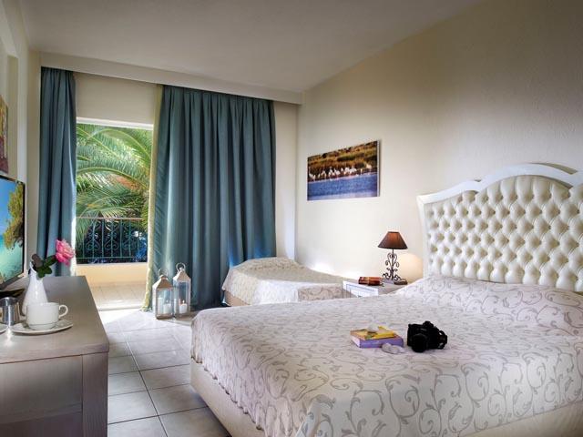 Portes Beach Hotel: