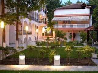 Kronos Hotel: Exterior View