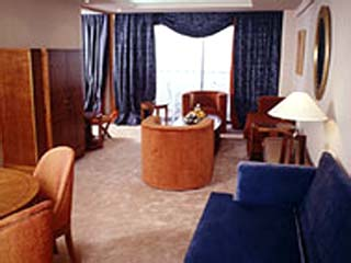 Adams Beach Hotel: King  Suite