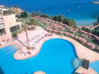 Grecian Park Hotel: Swimming Pool