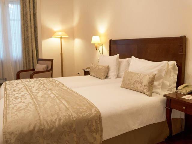Capsis Bristol Hotel: