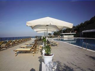 Hawthorn Karaca Resort: Swimming Pool