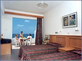 Corallia Beach Hotel Apartments: Image7