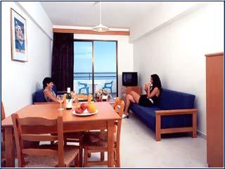 Corallia Beach Hotel Apartments: Image8