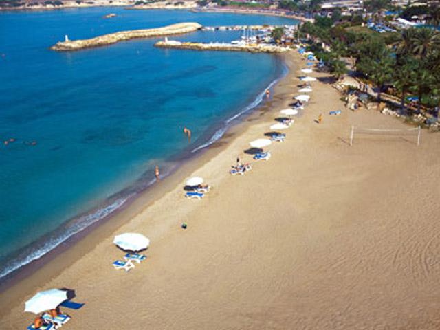 Coral Beach Hotel & Resort: