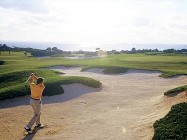 Azia Resort & Spa: Golf