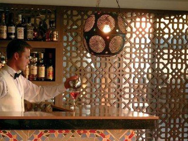 Azia Resort & Spa: Bar