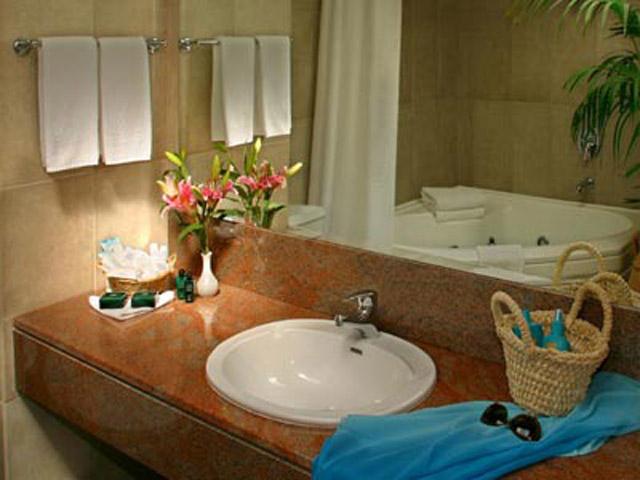 Azia Resort & Spa: Bathroom