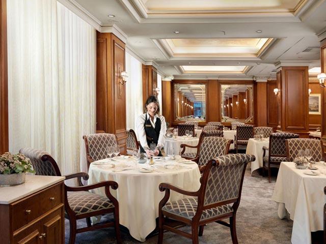 Athens Plaza NJV Hotel: