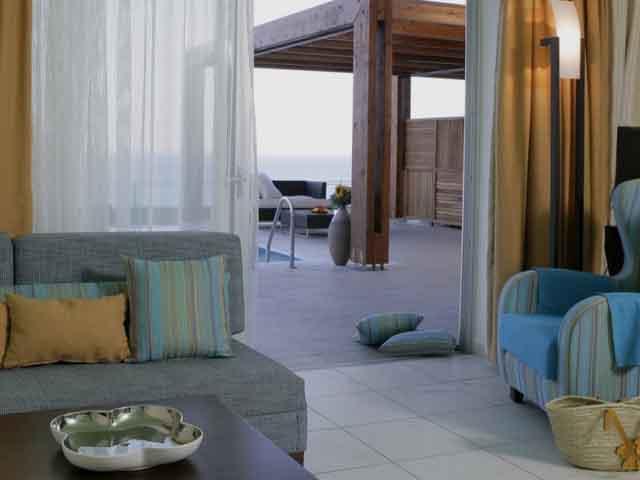 Apostolata Island Resort & Spa: