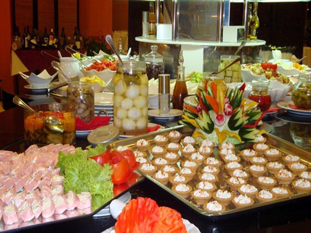 Olympia Golden Beach: Restaurant Buffet