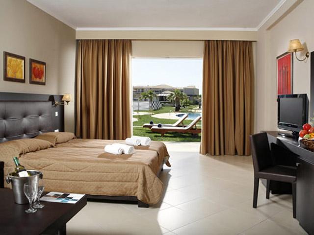 Olympia Golden Beach: Bedroom