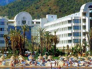 Aqua Hotel: Exterior View