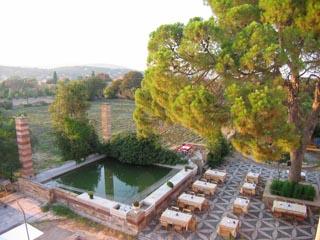Mavrokordatiko Guest House - Courtyard