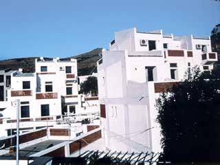 St George  Studios & Apartments - Exterior View