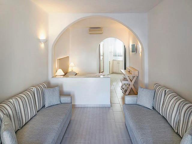 Aegean Plaza Hotel: