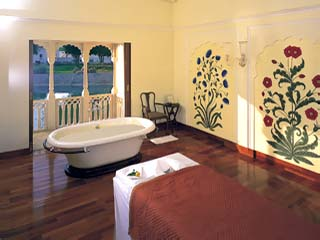A therapy Suite at the Spa