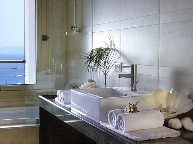 Elounda Ilion Bathroom