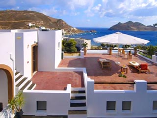 Petra Hotel and Suites - Exterior View
