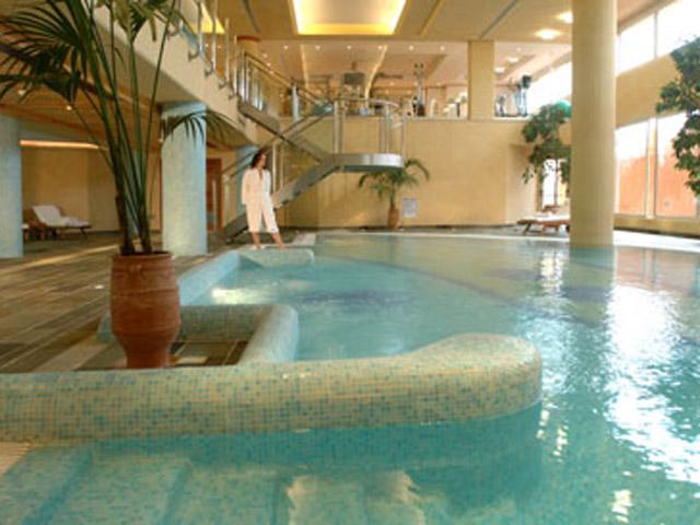 Thalassa Boutique Hotel & Spa: Indoor Pool