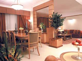 Al Maha Rotana Suites: Hall