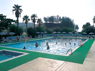 Beach Hotel by Bin Majid Hotels & Resorts: Swimming Pool