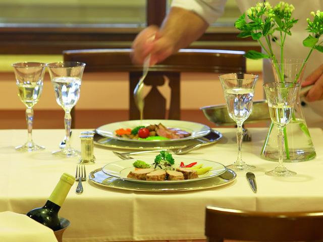 Grand Hotel Palace: Restaurant