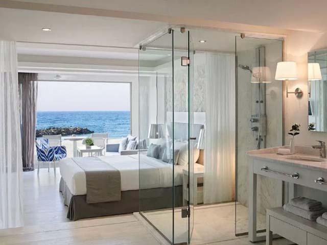 Knossos Beach Bungalows & Suites: