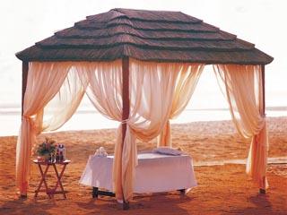 Danat Resort Jebel Dhanna: Massage