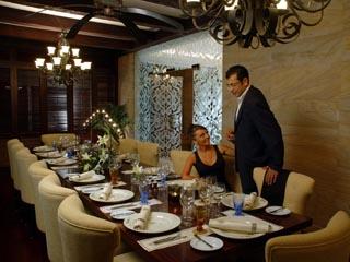 Danat Resort Jebel Dhanna: Restaurant