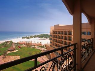 Danat Resort Jebel Dhanna: Exterior View