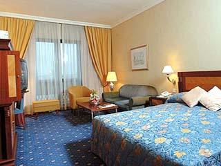 Moevenpick Hotel Bur Dubai: Deluxe Room