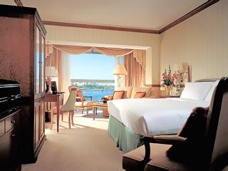 Sheraton Dubai Creek Hotel & Towers: Classic room with a creek view