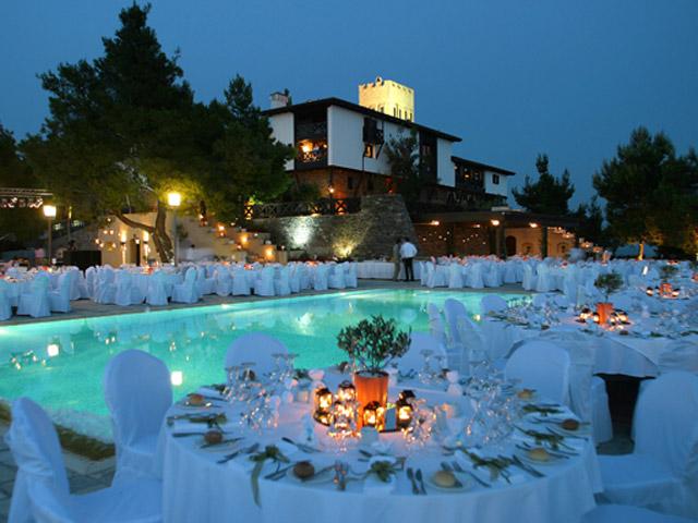 Porto Carras - Villa Galini: Restaurant And Pool Area
