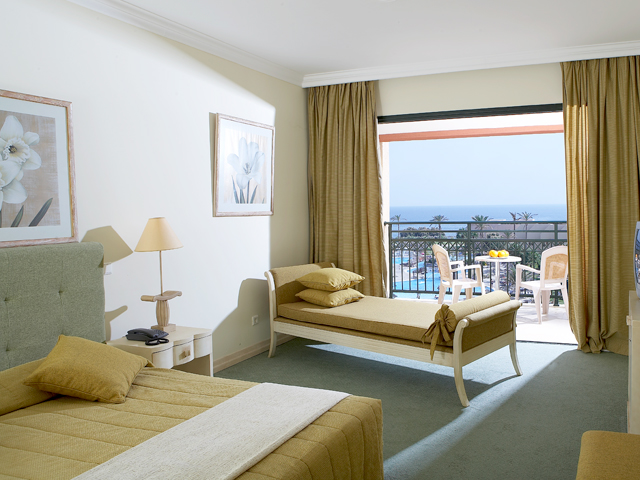 Atlantica Aegean Blue: Family Suite