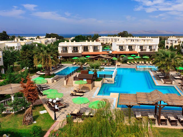 Gaia Royal Hotel: