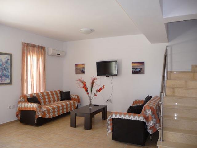 Gennadi Gardens Apartments: