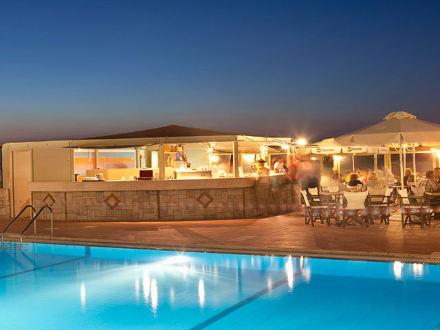 Smartline Neptuno Beach Resort -