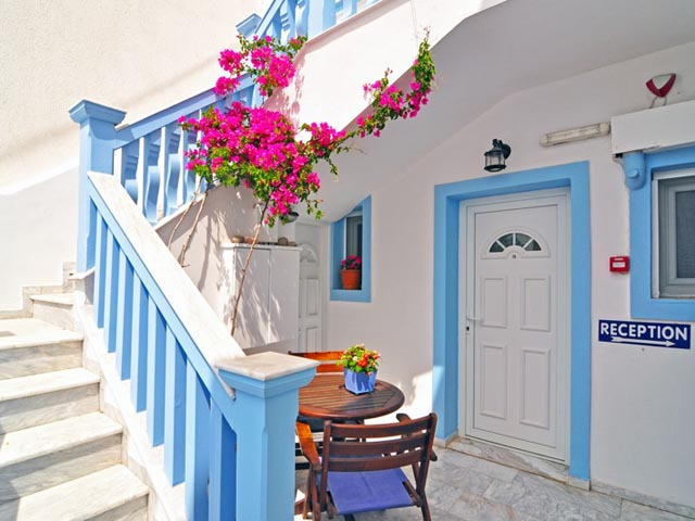 Dionysis Hotel -