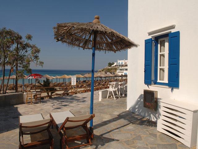 Romantika On the Beach -