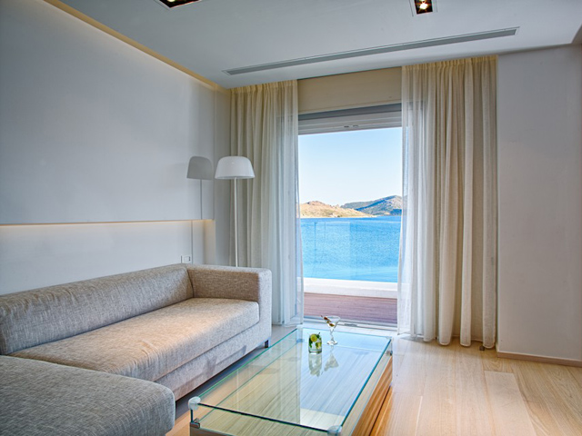 Patmos Aktis Suites & Spa: