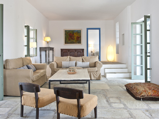 Elia Beach Villa: